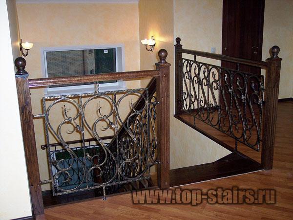лестница деревянная с ковкой 3