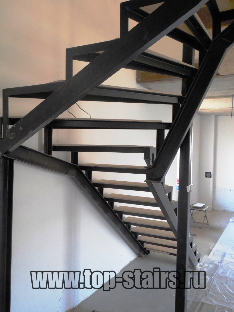 Каркас для лестницы 1-1