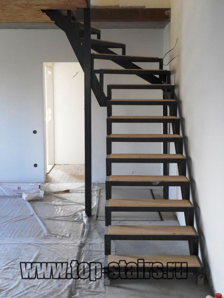 Каркас для лестницы 1-2