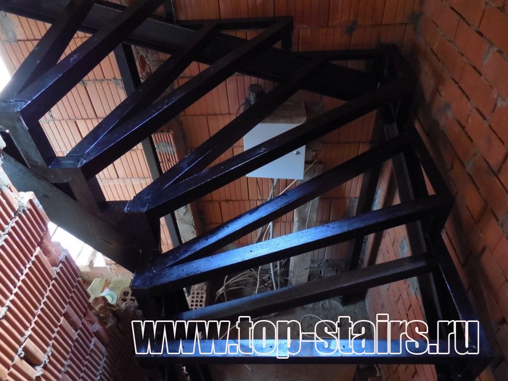 Каркас лестницы 3-2