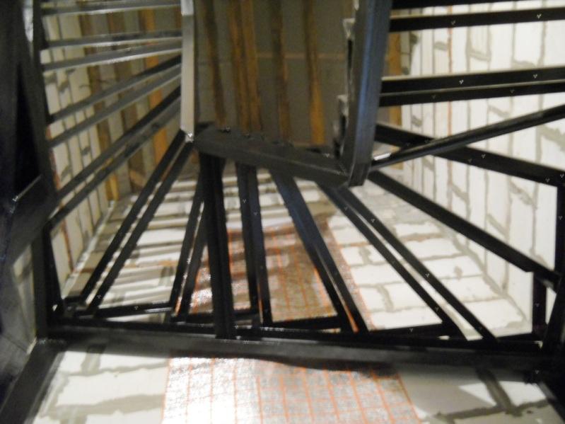 каркас лестницы 180