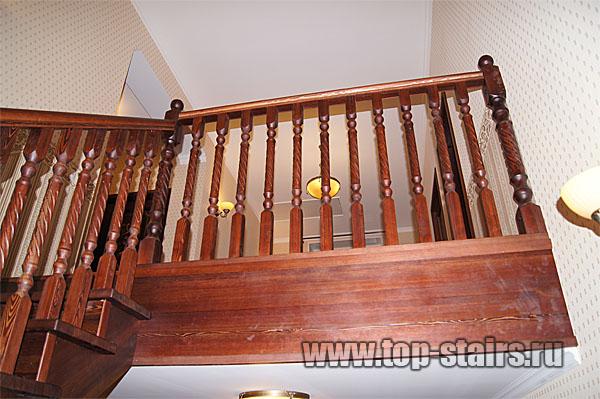 деревянная лестница из лиственницы 4